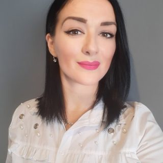 Profesor engleskog jezika Jelena Krivokuća